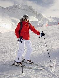Poradnik: Co powinno zawierać najlepsze ubezpieczenie narciarskie?